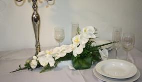 Tischdeko lange gestecke - Tischdeko orchideen hochzeit ...