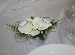 brautstrauss orchidee mit graesern orchideentr ume themenhochzeiten shop. Black Bedroom Furniture Sets. Home Design Ideas