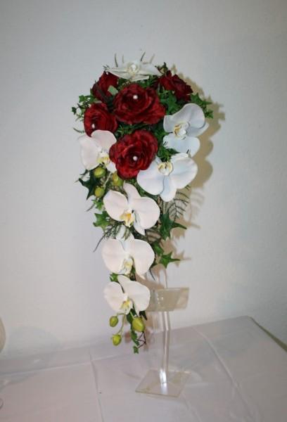 brautstrauss orchideen klassik wasserf lle brautstr usse shop hochzeitsdekorationen. Black Bedroom Furniture Sets. Home Design Ideas