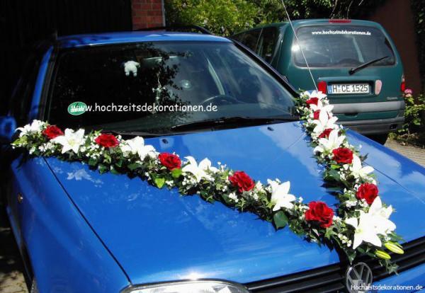 Autoschmuck Hochzeit Lilien