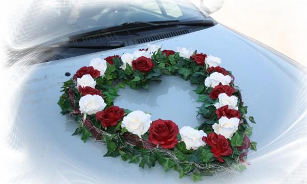 Autoherz Hochzeit Rosen
