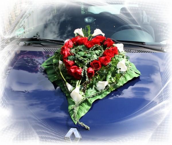 Autoschmuck Hochzeit callas
