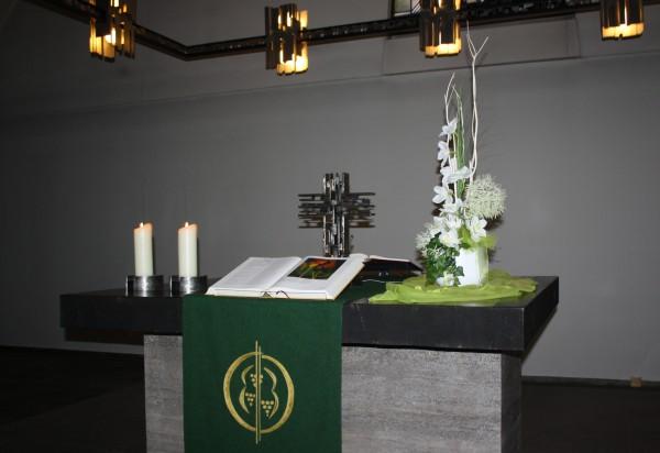Altargesteck modern hoch