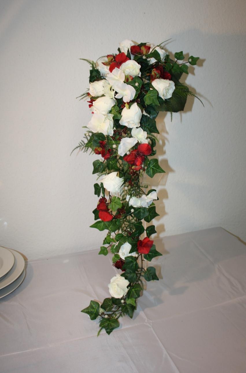 Brautstrauss Wasserfall Anni Hochzeitsdekorationen