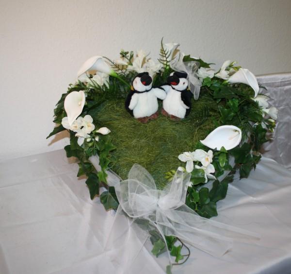 Autoherz Pinguine verspielt Hochzeit
