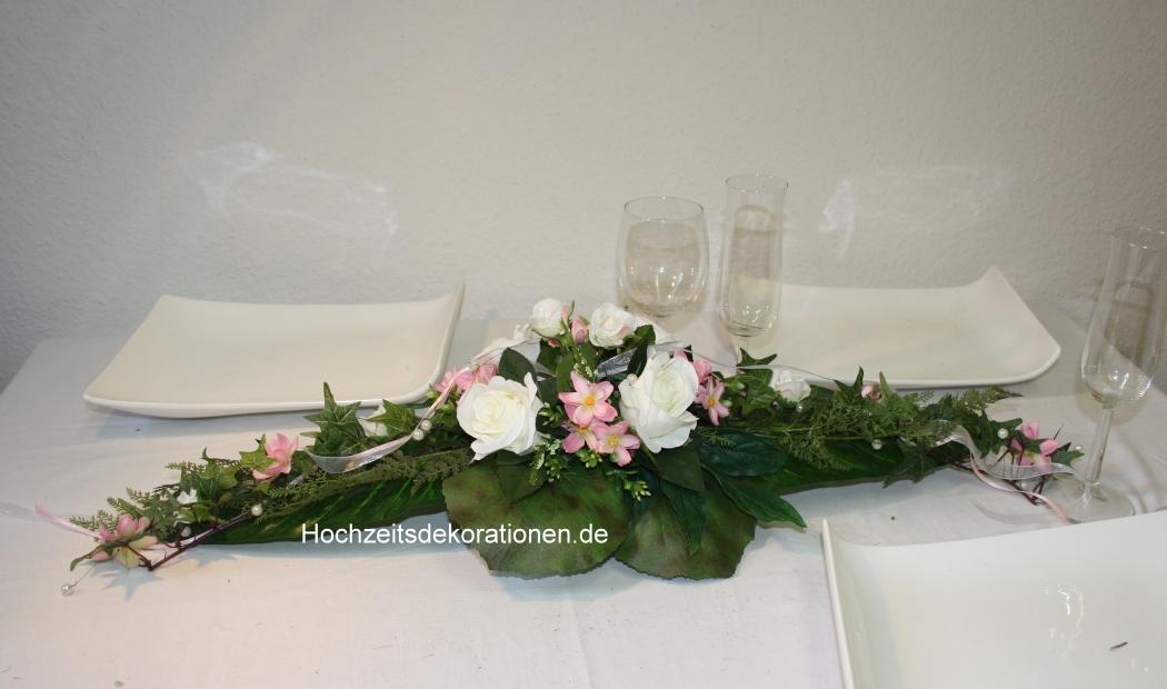 Kleines Gesteck Bluetenmix Hochzeitsdekorationen