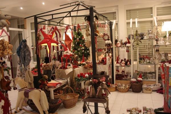 laden-weihnachten-24HSdnYREX1sL1