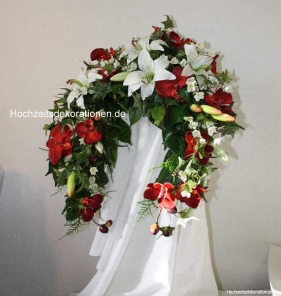 Brautstrauss Lilien asymetrisch