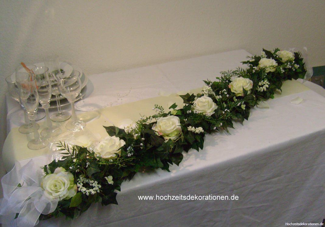 autogirlande rosen mit amaranthus hochzeitsdekorationen. Black Bedroom Furniture Sets. Home Design Ideas