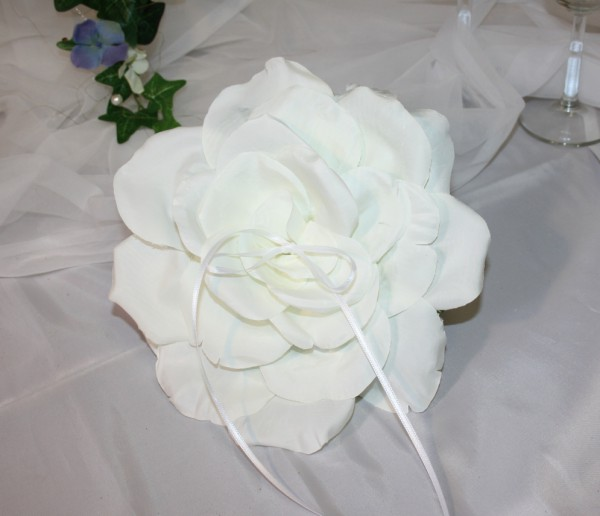 Ringrose Hochzeit weiß