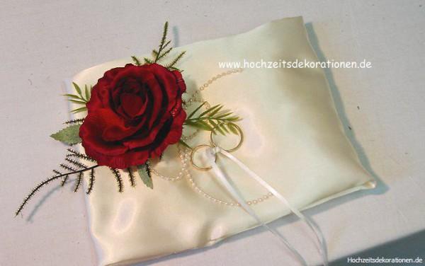 Ringkissen eine Rose Hochzeit