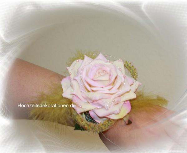 Handgelenkstrauss Rose hochzeit
