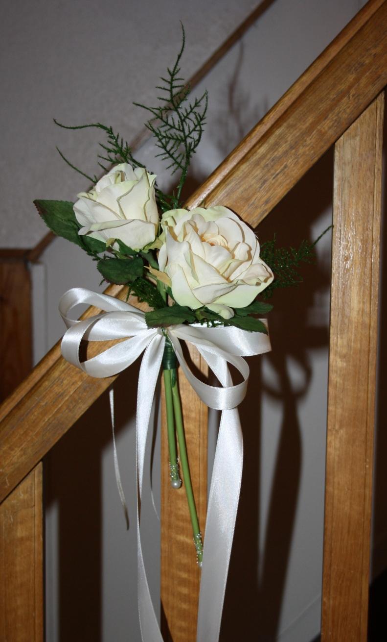Kirchenbankdeko Rosen Hochzeitsdekorationen