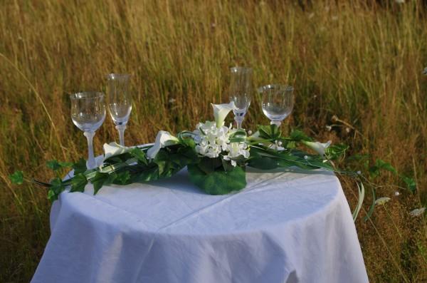 Tischgesteck Hochzeit calllas