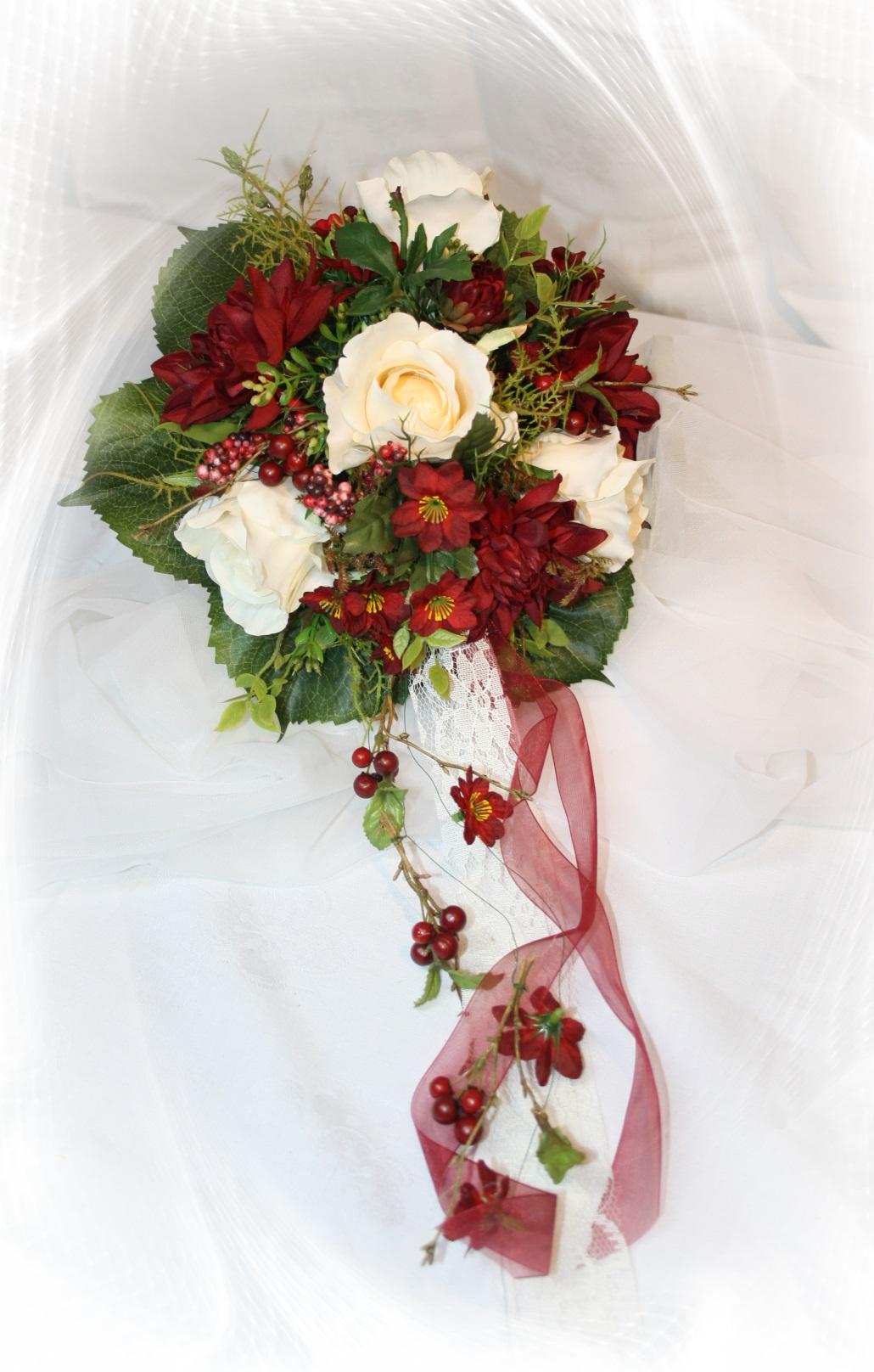 Brautstrauss herbst dahlie hochzeitsdekorationen Hochzeitsdeko creme